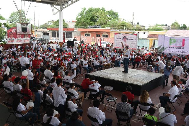 Cuando el PRI es gobierno trabaja para todos:  Panchito Torres