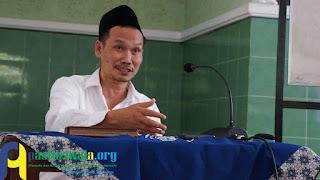 Gus Baha', Surah Al-Fatihah Perintahkan Supaya Bermazhab