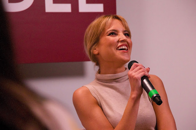 Ana Fernández en la presentación de la última temporada de  Las chicas del cable.