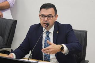Raniery minimiza sugestão de Benjamim e garante apoio à reeleição de João Azevêdo