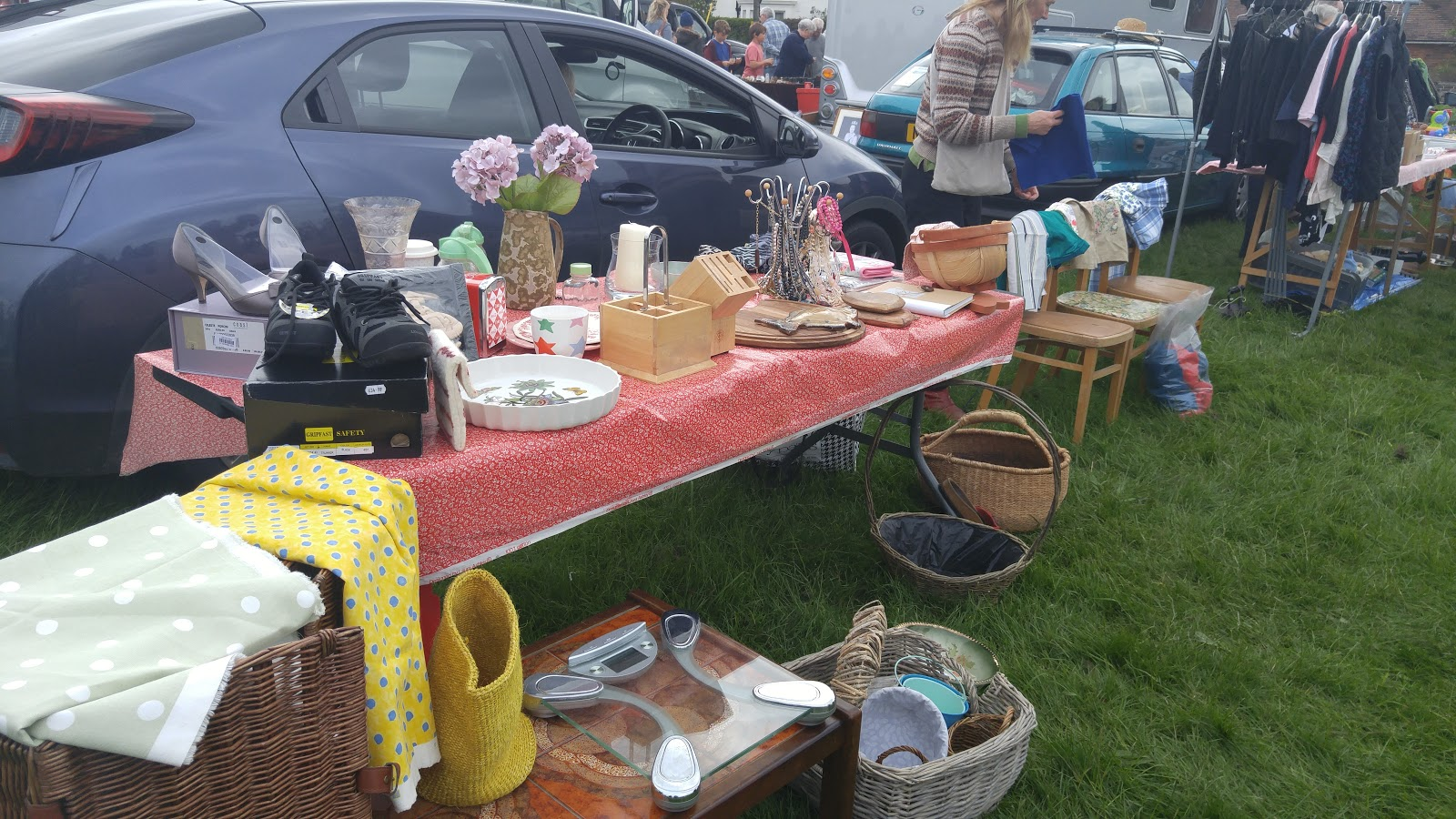 Finding Antiques At Car Boot Sales