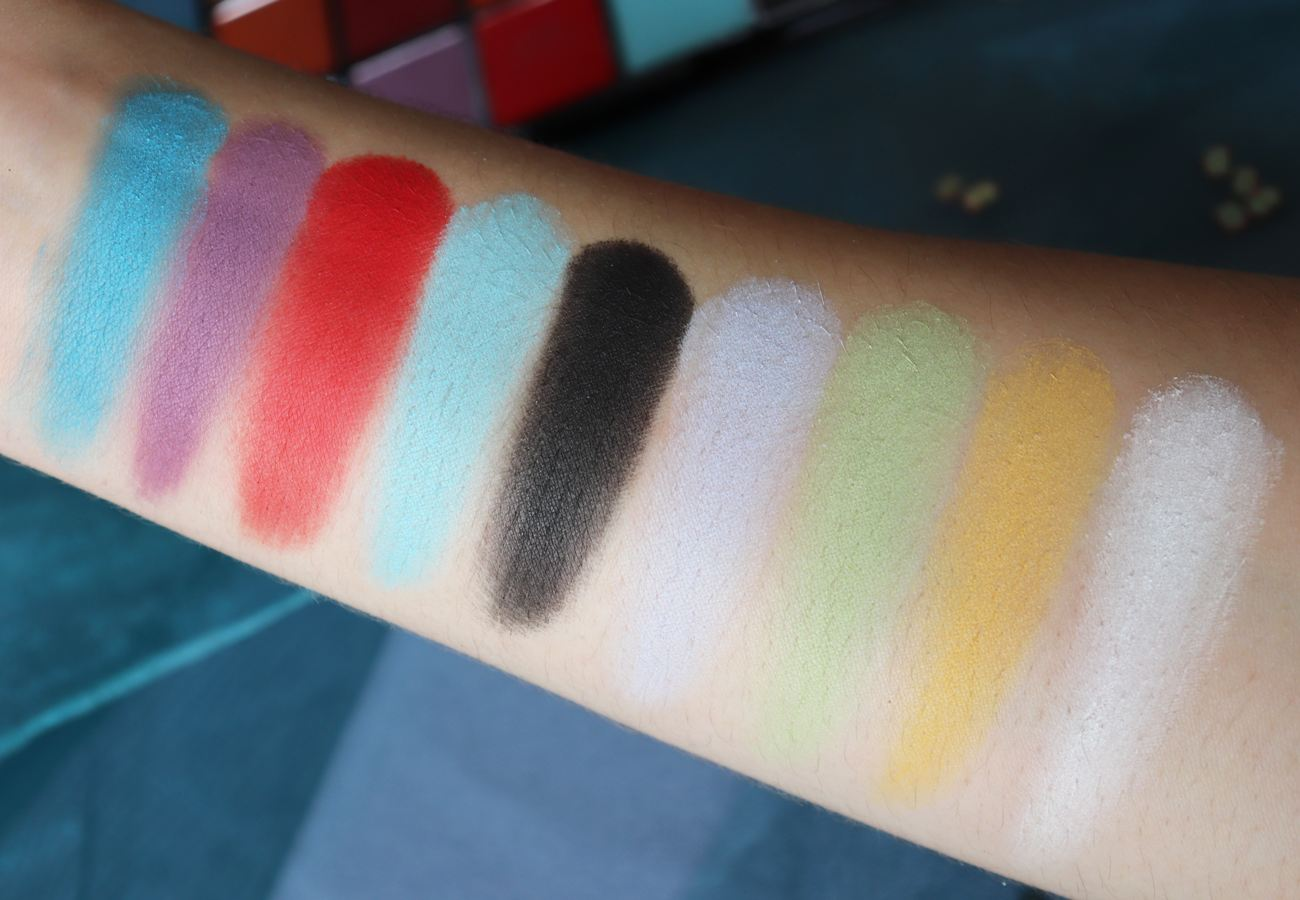 Revolution Makeup Beauty - Monster Mattes Maxi Reloaded Eyeshadow Palette Review & Swatches - Avis Makeup Artist London Paris - Beauty blogger It's Azami - Dream Big - Big Big Love