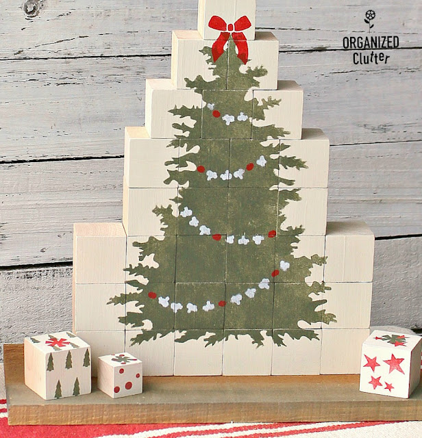 A Craft Wood Block Stenciled Christmas Tree #woodblocks #fusionmineralpaint #oldsignstencils #Christmasdecor #stencil #Christmastree #alternativeChristmastree