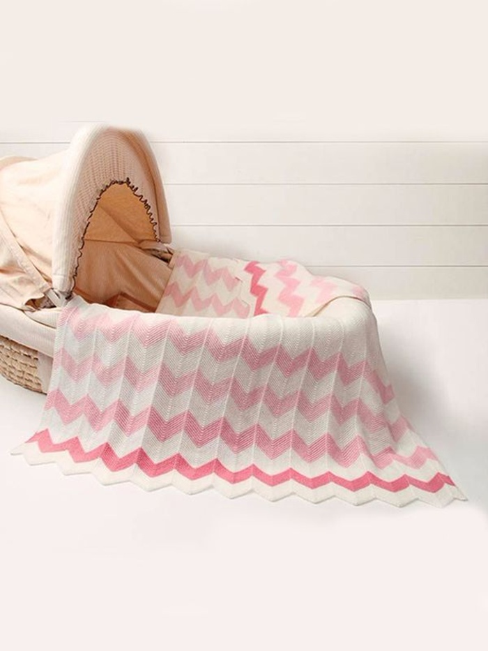 https://www.kiskissing.com/rhombus-plaids-warp-knitted-baby-toddler-acrylic-blanket.html