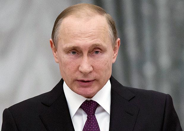 Governo russo considera um insulto comparação entre Putin e Hitler