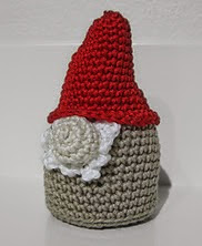 http://www.ravelry.com/patterns/library/elf-nisse
