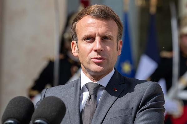 Macron promet des renforts pour la police, un nouvel uniforme et la généralisation des caméras-piétons