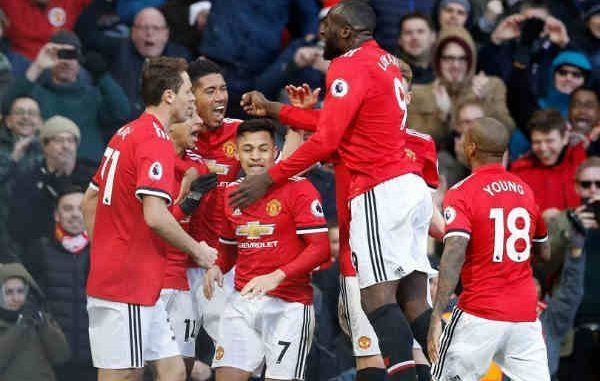 online store e3c52 adb67 Manchester United 2018/19 Kit - Dream League Soccer 2019 ...