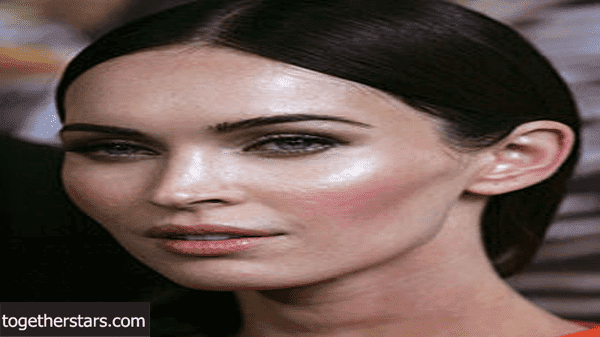 جميع حسابات ميغان فوكس Megan Denise Fox الشخصية على مواقع التواصل الاجتماعي