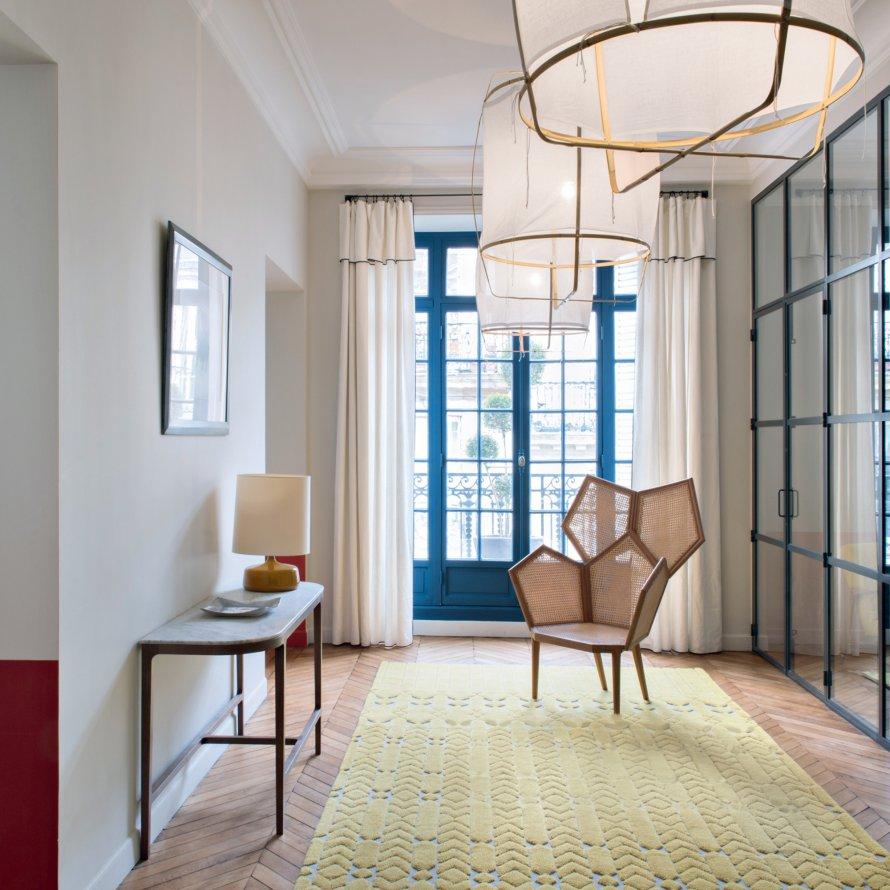 hallway, interior deisgn, modern design, furniture, glass wall