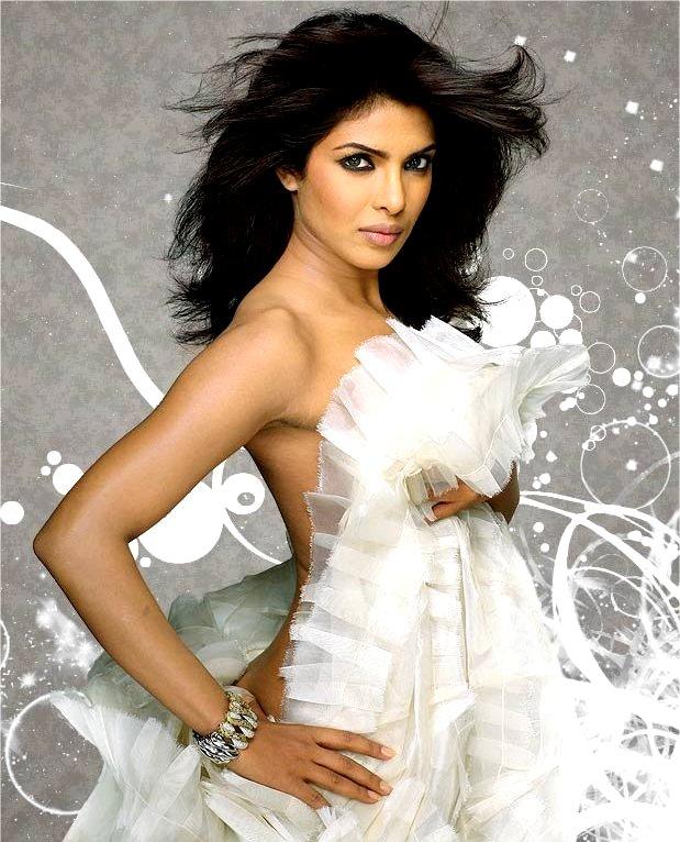 Priyanka Chopra Smoking Hot Back Sexy Thighs Navel