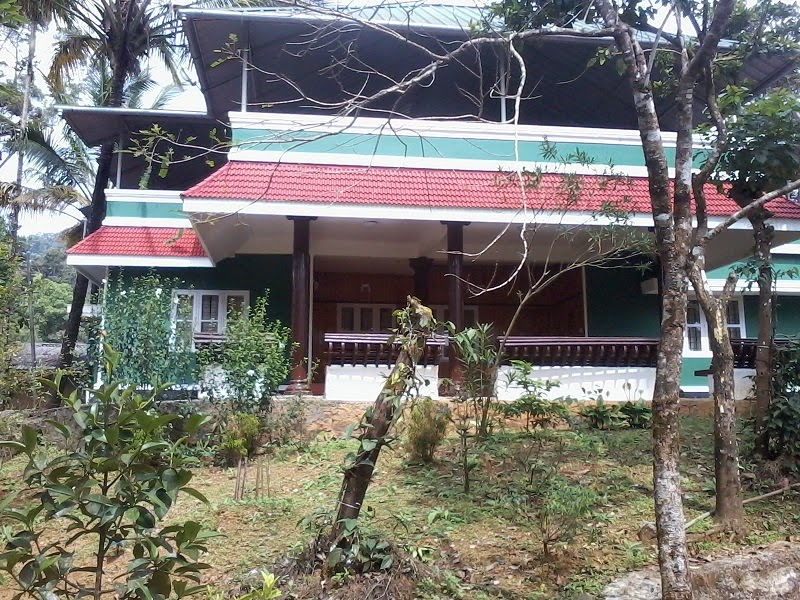 http://www.munnartourguide.com/2014/04/green-cottage-munnar-family-cottage.html