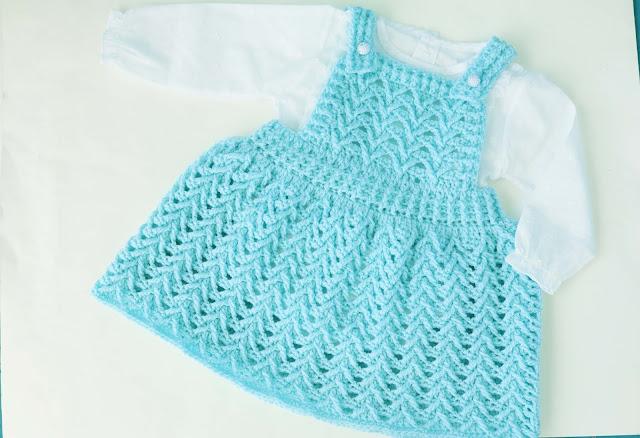 3 - Crochet Imagen Falda con peto a crochet y ganchillo por Majovel Crochet