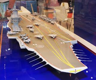 Maket Kapal Induk Rusia