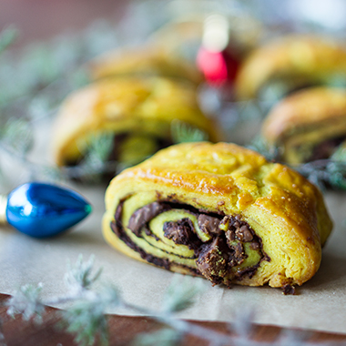 Χριστουγεννιάτικα εύκολα κρουασάν σοκολάτας από τον Άκη Πετρετζίκη