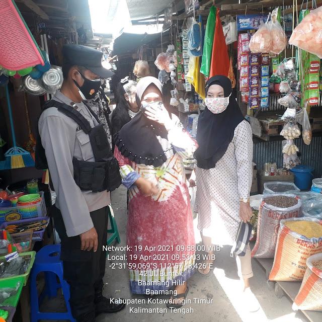 Polsek Baamang Laksanakan Kegiatan Patroli Dan Monitoring Penerapan Protokol Kesehatan Di Pasar Keramat
