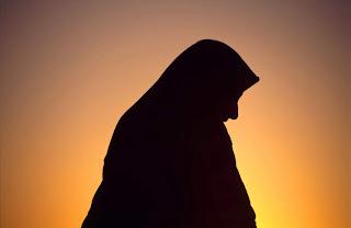 Wahai Wanita Tirulah Akhlak Bidadari Surga