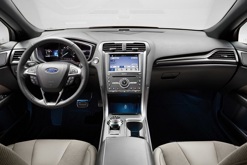 سيارة فورد فيوجن 2016