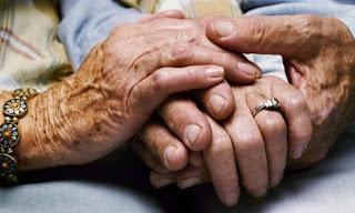«ΖΩΝΤΑΣ ΚΑΛΑ ΜΕ ΤΗΝ ΑΝΟΙΑ Δομές φροντίδας στο Δήμο Περιστερίου