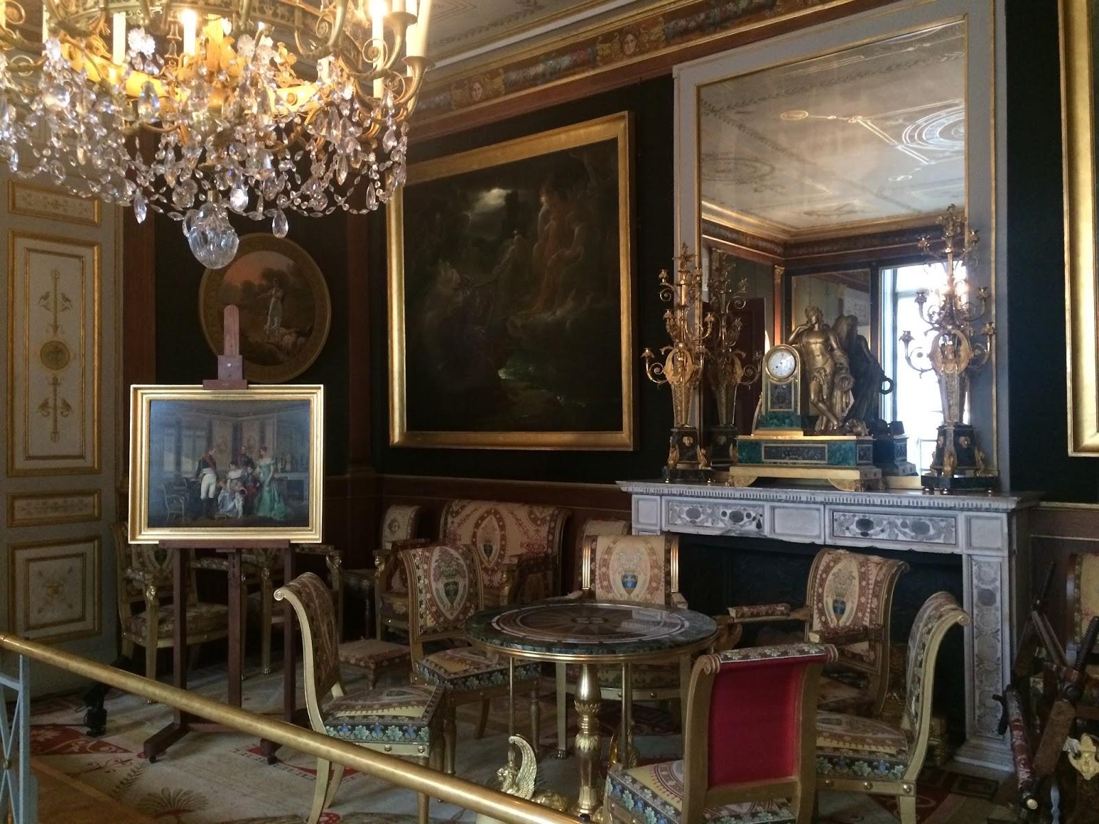 Say oui to paris inside the ch teau de malmaison for Le salon chatou