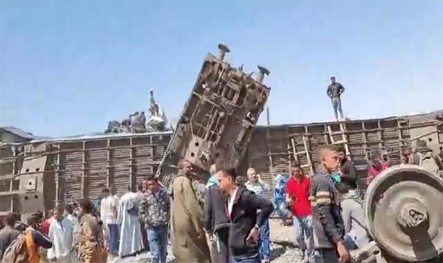 رحيل ابو عامر يبحث عنه المصريون صاحب أول فيديو لحادث قطار سوهاج