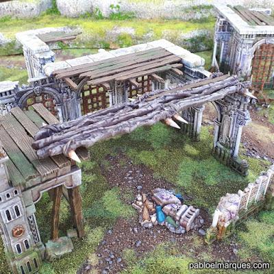 Warcry: pasarela entre edificios
