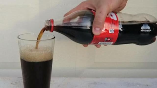 Penelitian: Minum 1 Botol Cola, Sebesar Ini Prosentase Kena Kanker Payudara. Ngeri!