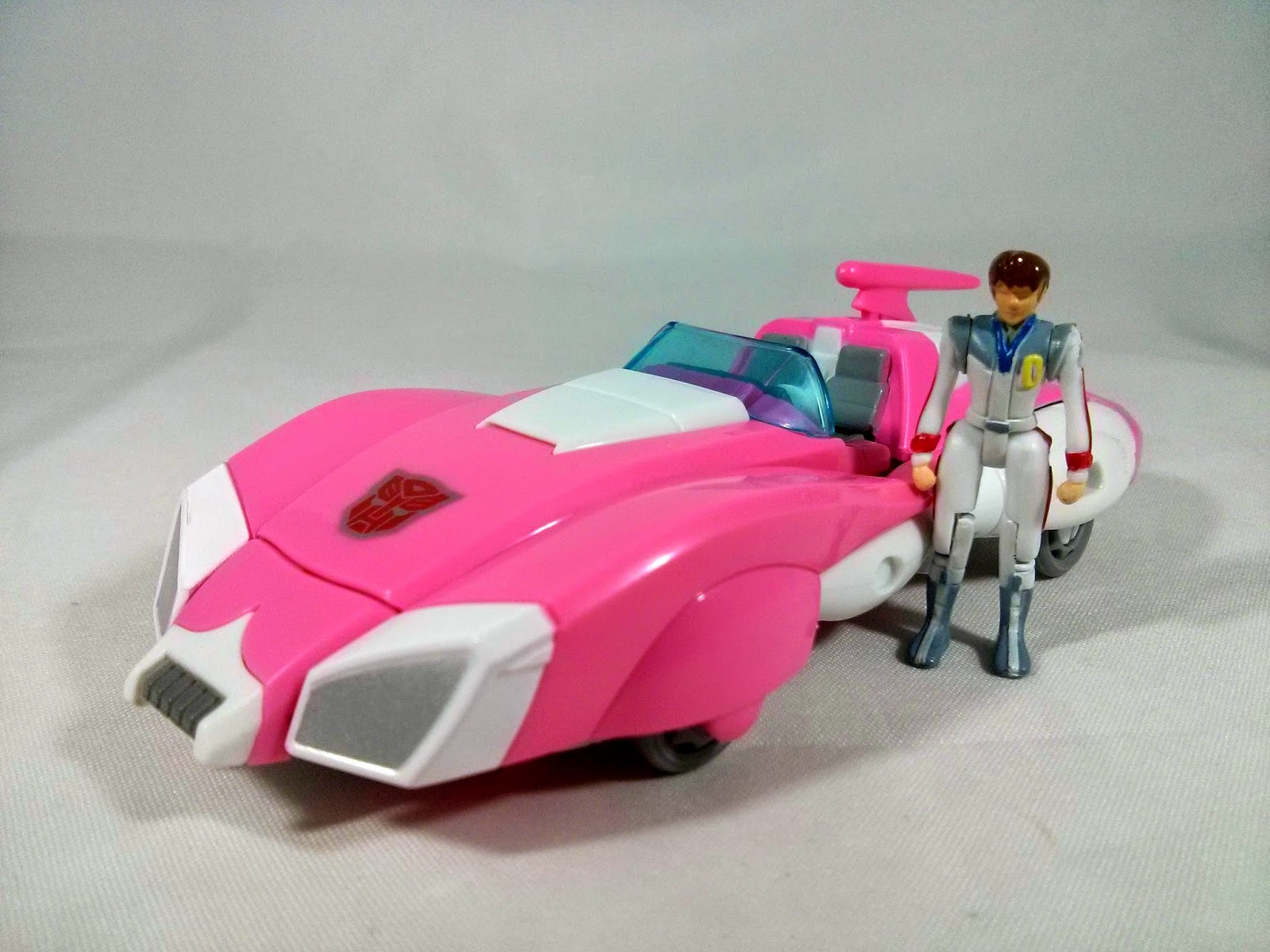 takara transformers legends arcee car mode