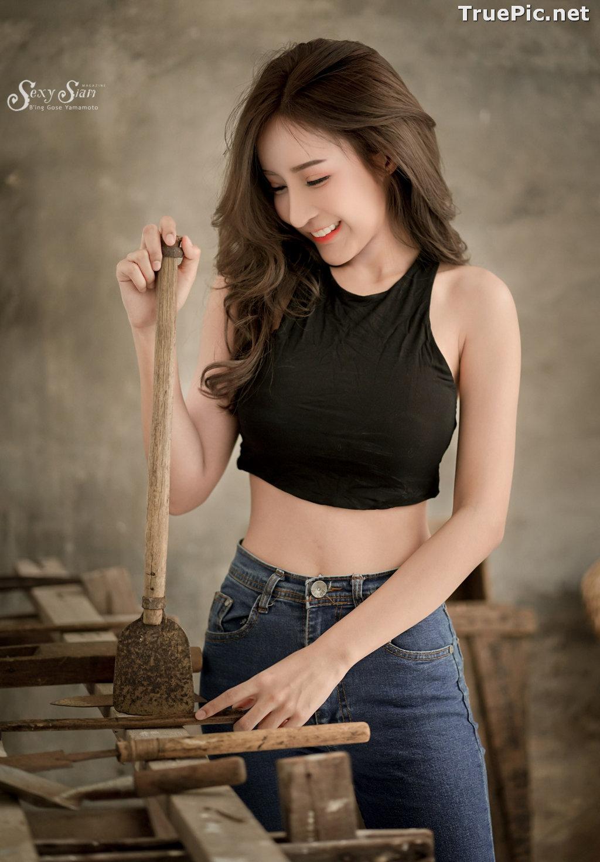 Image Thailand Model - Thanyarat Charoenpornkittada - Black Crop Top and Jean - TruePic.net - Picture-9