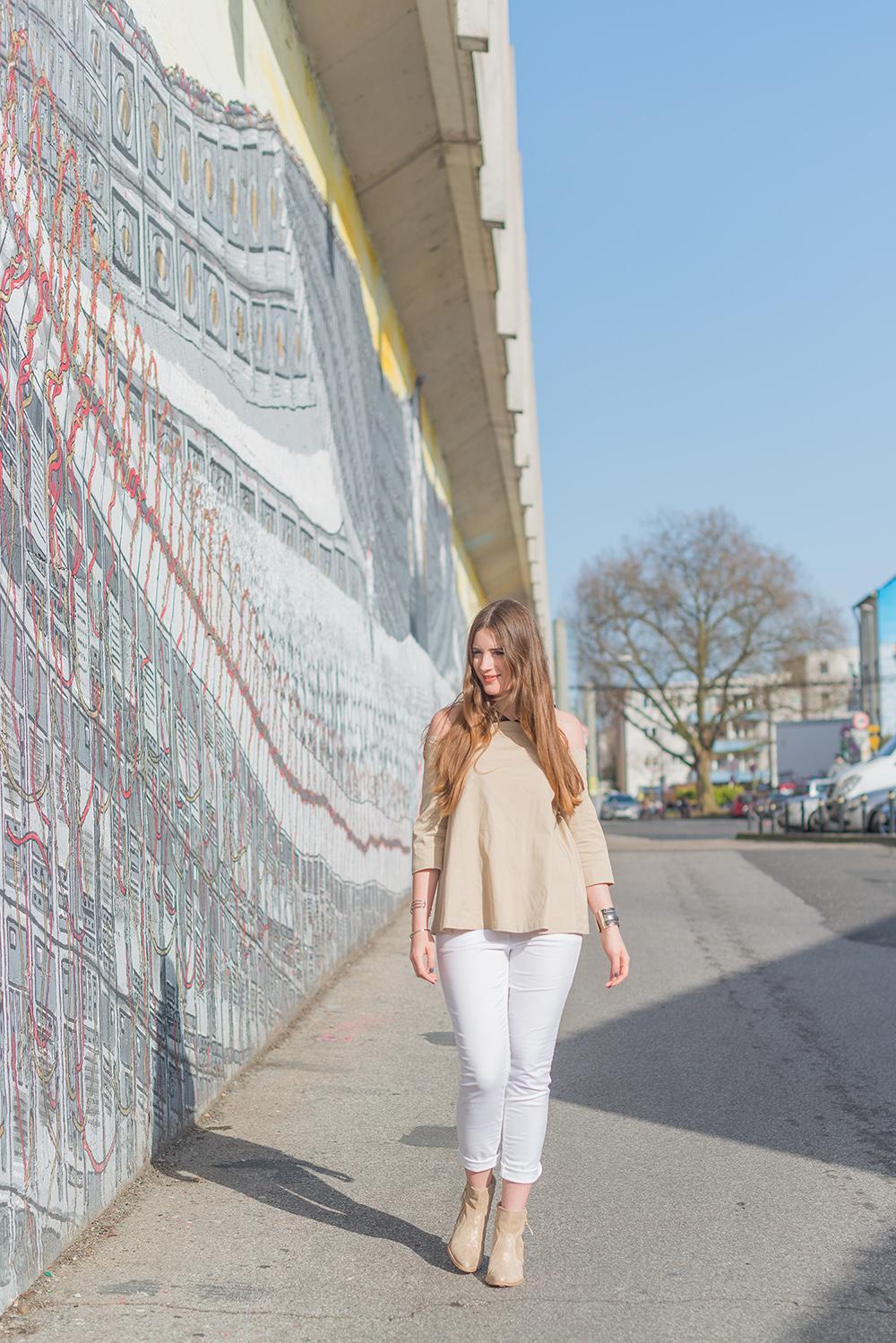 Modeblog-Deutschland-Deutsche-Mode-Mode-Influencer-Andrea-Funk-andysparkles-Berlin-weisse-Jeans-kombinieren