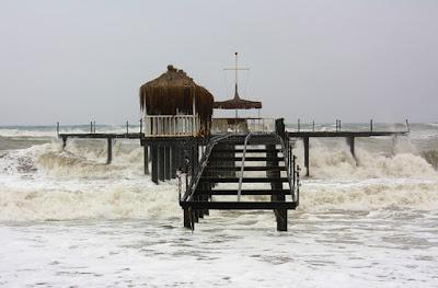 http://www.masrohman.com/2019/01/3-cara-menanggulangi-bencana-tsunami.html