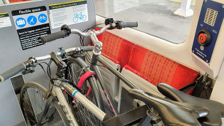 直把腳踏車帶上車,沒有額外收費