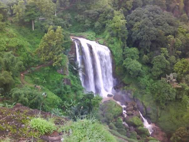 Air Terjun Curug sewu | Wonderful Indonesia