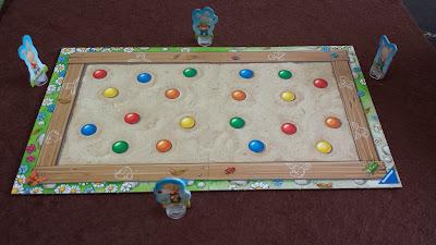 砂場のおもちゃ集め(Sandkasten-Sammelspiel) 準備完了