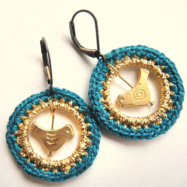 crocheted hoops with bird earrings diy