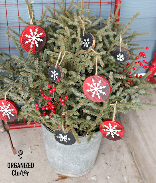 Easy Paper and Wood Slice Ornaments #hobbylobby #buffalocheck #snowflake