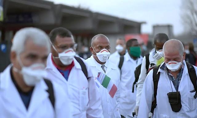 Médicos cubanos en Italia ayudan a curar el coronavirus