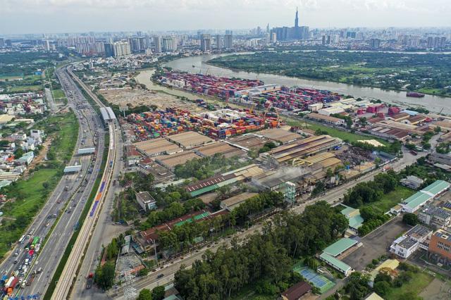 Toàn cảnh thị trường TP.HCM 2020: giá căn hộ tăng chóng mặt