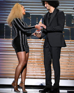 Beyoncé Breaks The Internet With The Slaying Dress She Wore To Honor Colin Kaepernick