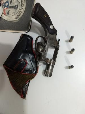 Brejo: Homem é preso por porte ilegal de arma de fogo.