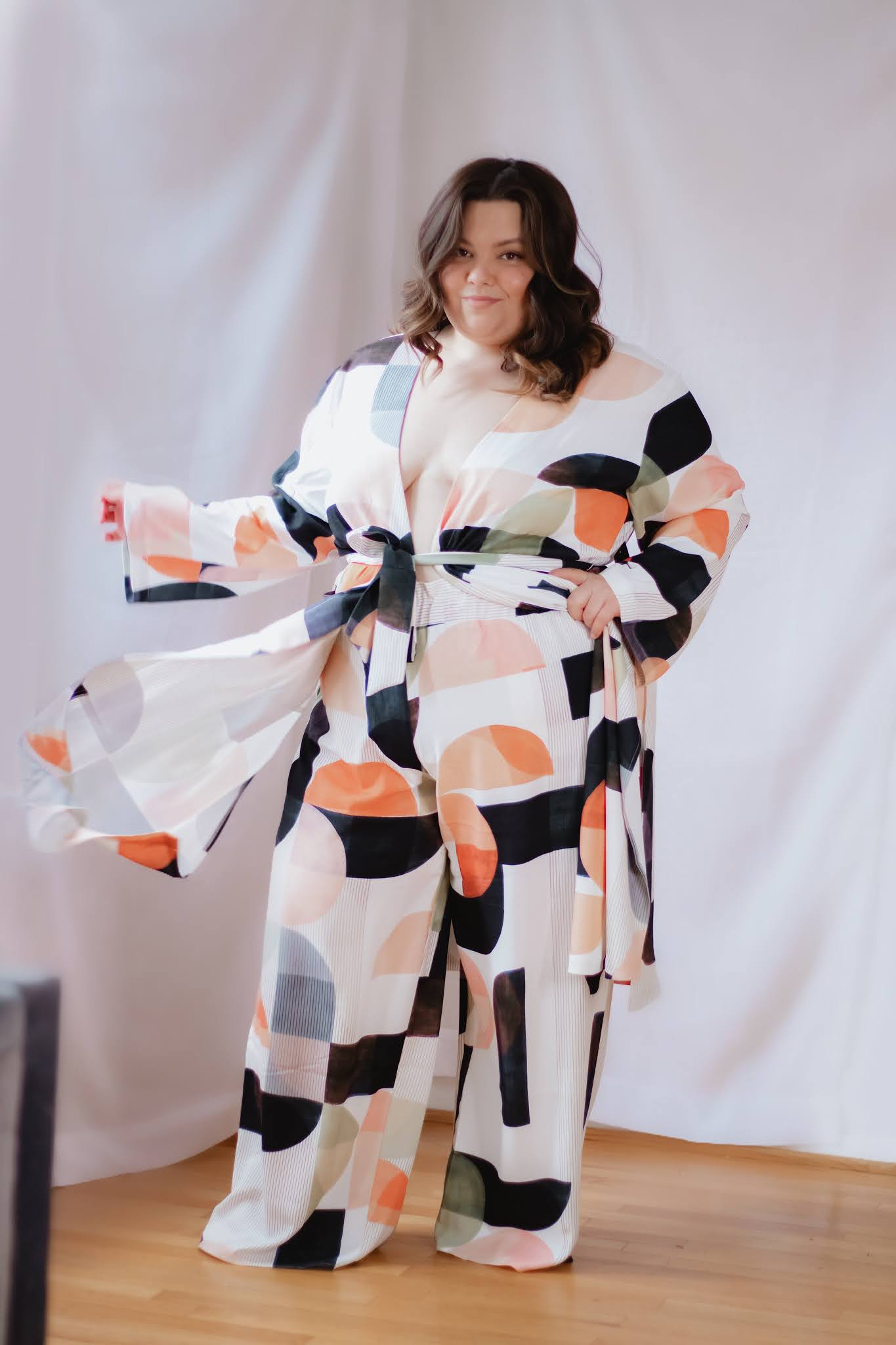 Chicago Plus Size Petite Fashion Blogger Natalie in the City sexy matching loungewear sets for women at eloquii