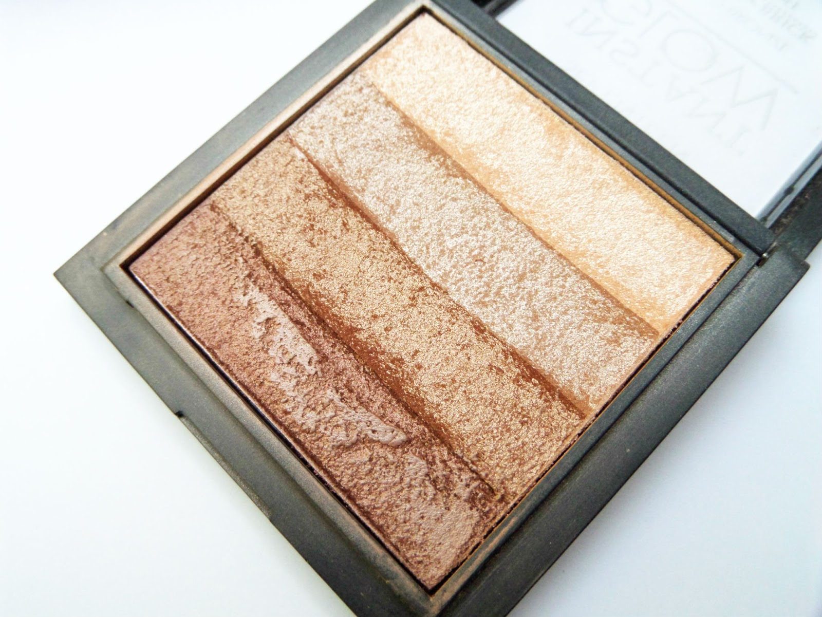 Seventeen Instant Glow Shimmer Brick Review