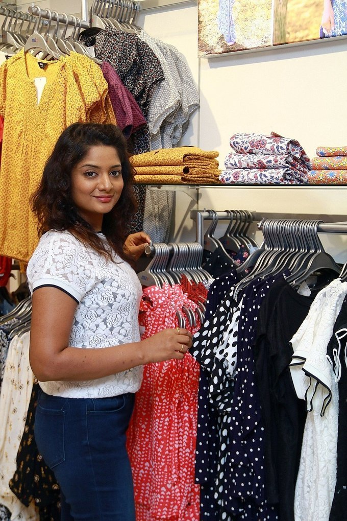 Madhumila Graced the World Environment Day Celebration at Max Store