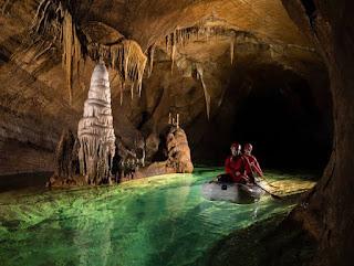 Limestone-Caves-in-Meghalaya