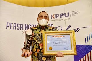 Gubernur Sumut Terima Penghargaan KPPU Award 2020