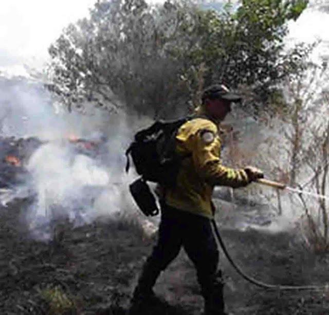 Atentado incendiário em Agustina, provincia de Buenos Aires