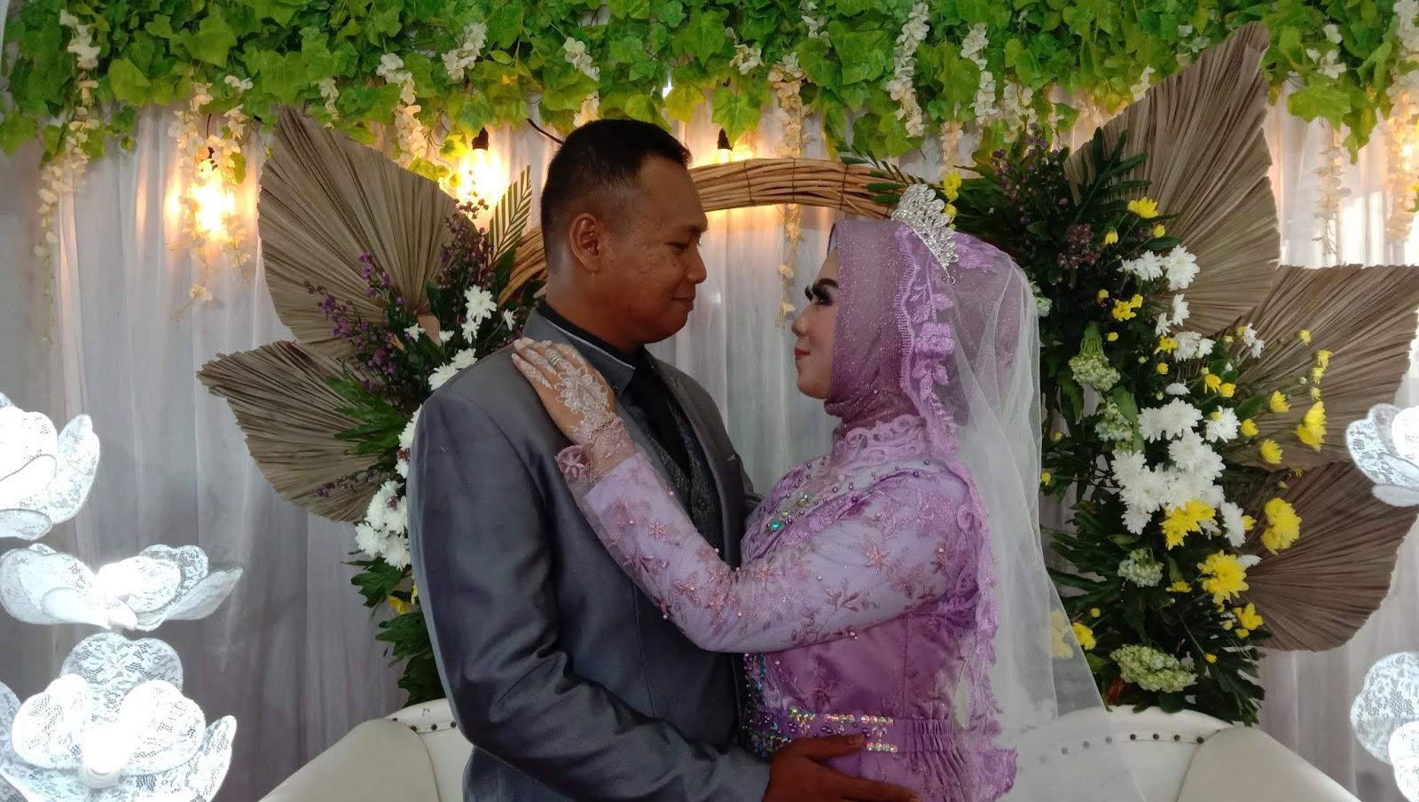 Resepsi Pernikahan Karim dengan Putri