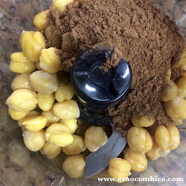 chickpea chocolate hummus