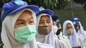 Kemendikbud Larang Guru Agama Wajibkan Siswa Pakai Atribut Agama, Termasuk Jilbab