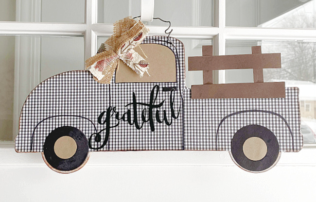 Farmhouse truck gingham truck with bow